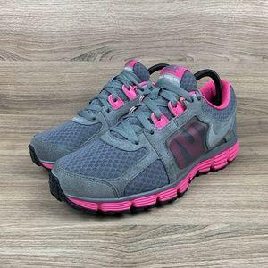 Nike Womens Dual Fusion ST 2